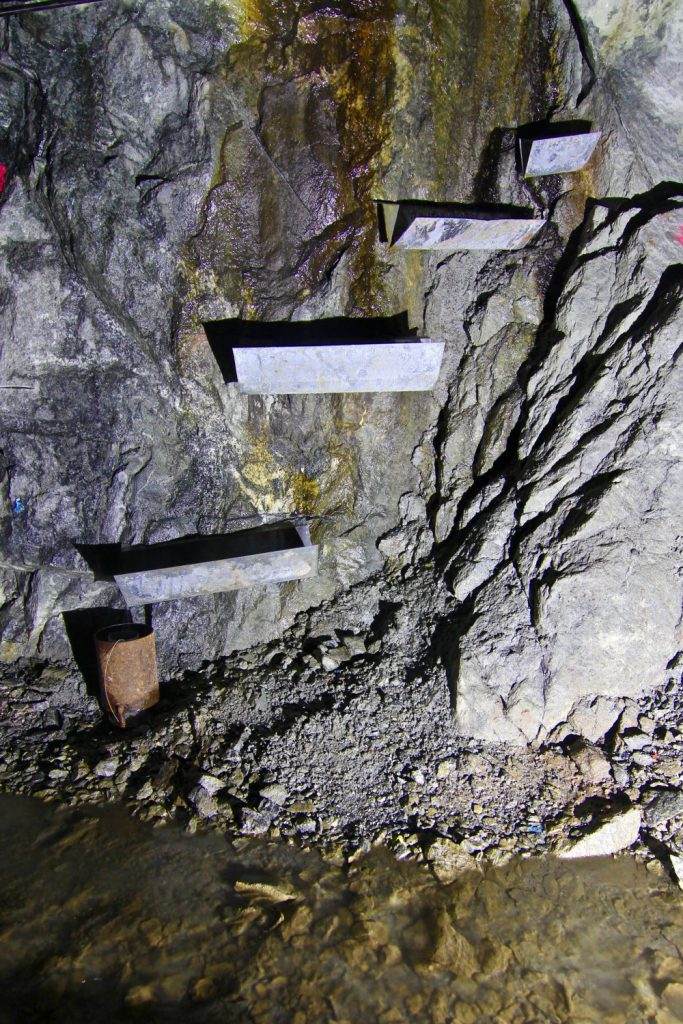 jaderná energie - Podzemní výzkumné pracoviště BUKOV - Zprávy (IMG 2854 1000x1500) 11