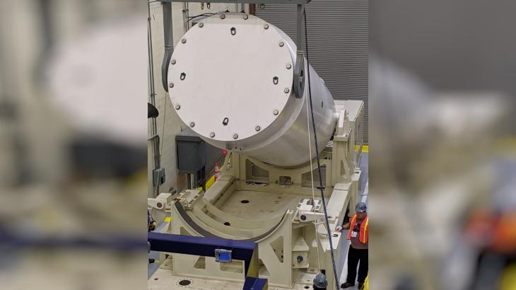 jaderná energie - Společnost Orano dosáhla průmyslové jedničky v oblasti transportu použitého jaderného paliva - Zprávy (NUHOMS EOS canister Orano) 1