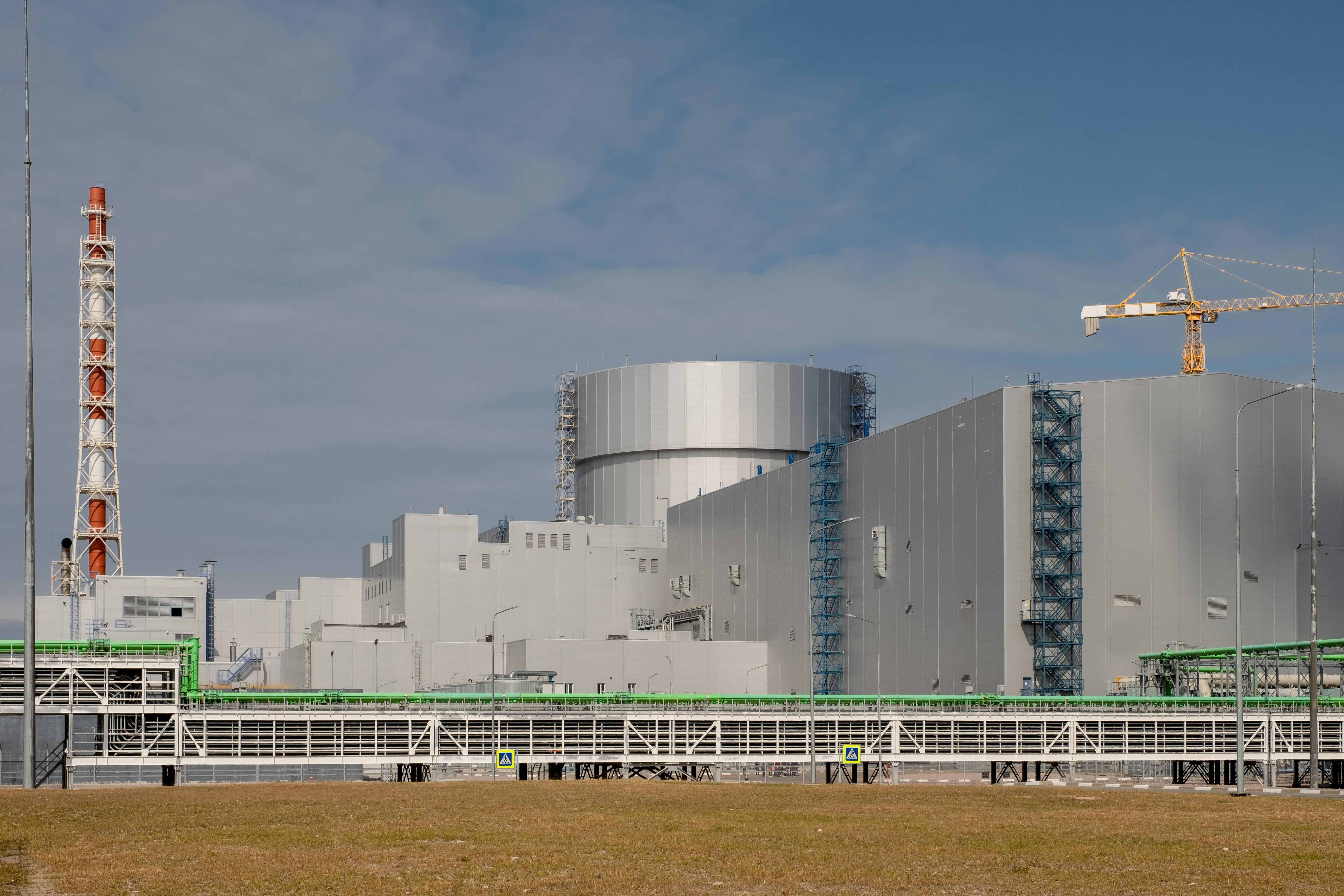 jaderná energie - Na letošní rok je naplánováno spuštění 4 nových bloků typu VVER - Zprávy (První blok jaderné elektrárny Leninigradská II) 2