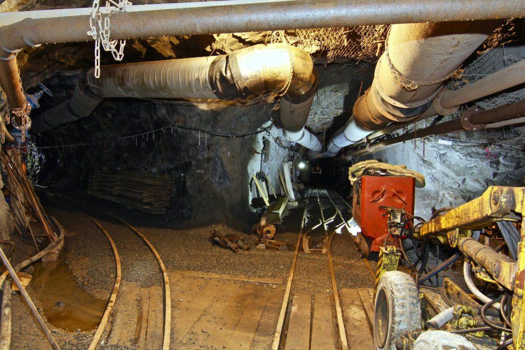 jaderná energie - Podzemní výzkumné pracoviště BUKOV - Zprávy (chodba technologie IMG 2761 1500x1000) 7