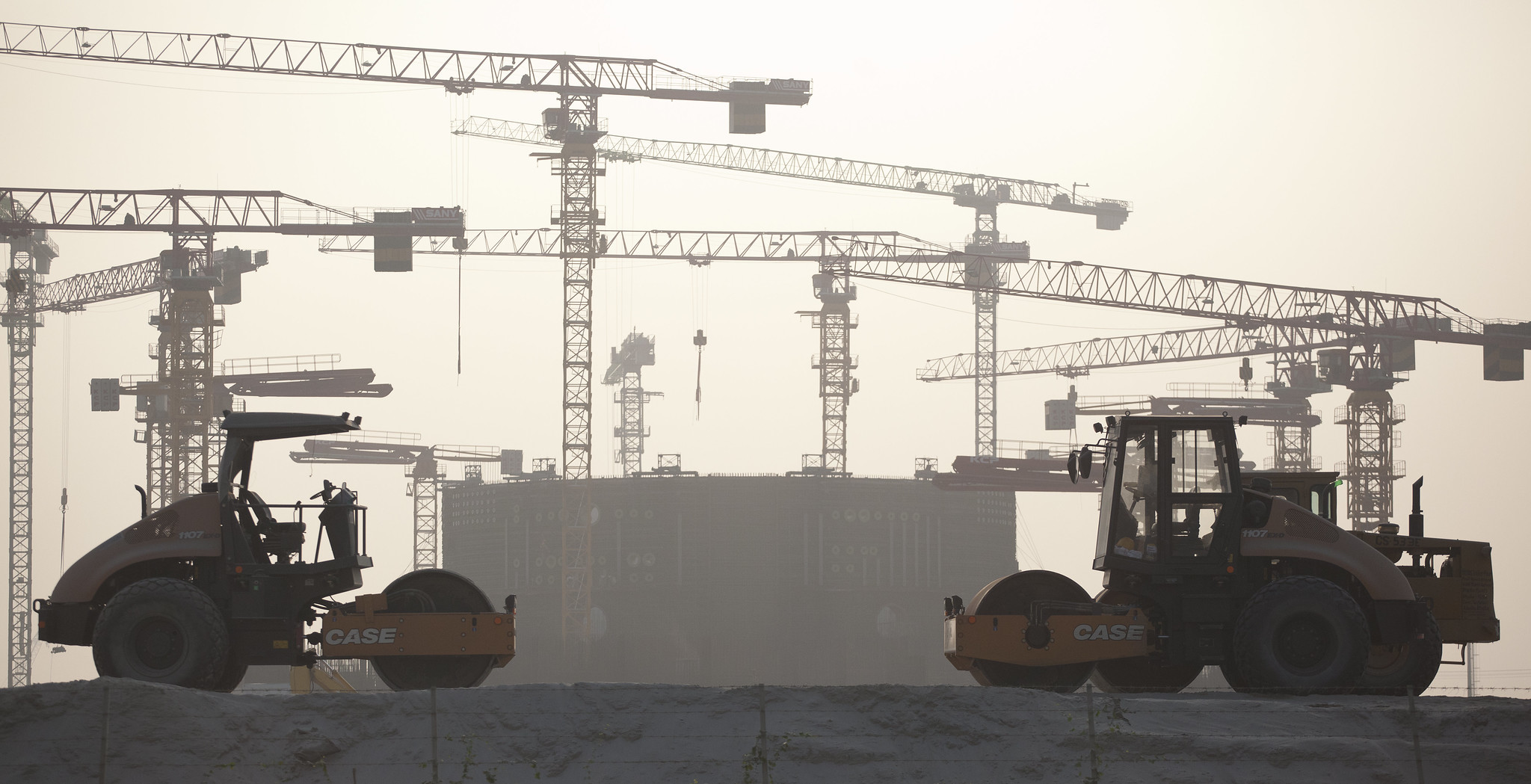 jaderná energie - Rosatom chce v roce 2020 udržet portfolio zahraničních zakázek na 140 miliardách dolarů - Zprávy (Výstavba jaderné elektrárny Rooppur v Bangladéši v roce 2019) 2