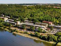 iuhlí.cz: Malý jaderný reaktor se vejde do zasedačky
