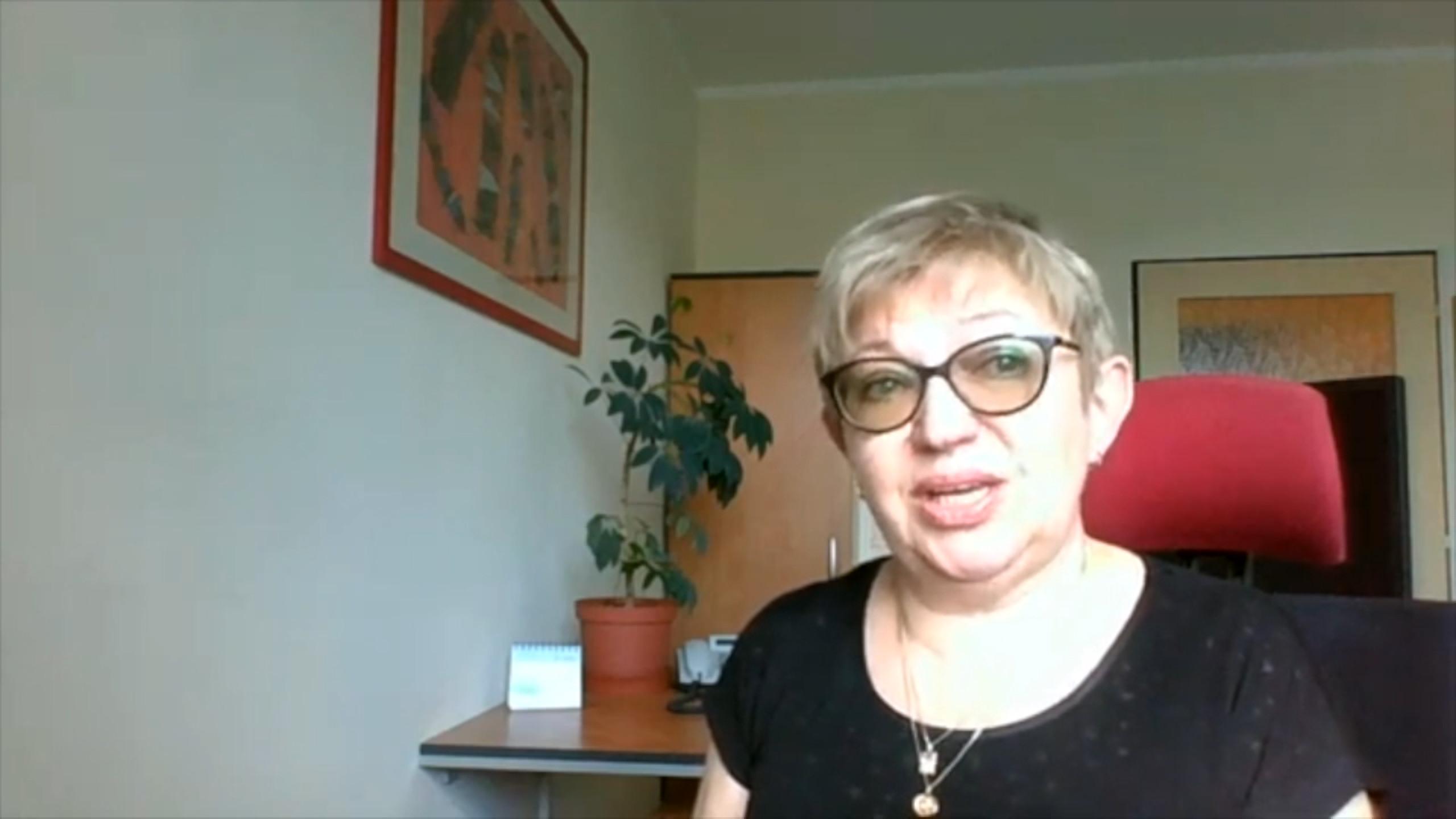 jaderná energie - 65 let: Larisa Dubská – Ženy umějí lépe komunikovat s laickou veřejností v technických otázkách - V Česku (Dubská) 3