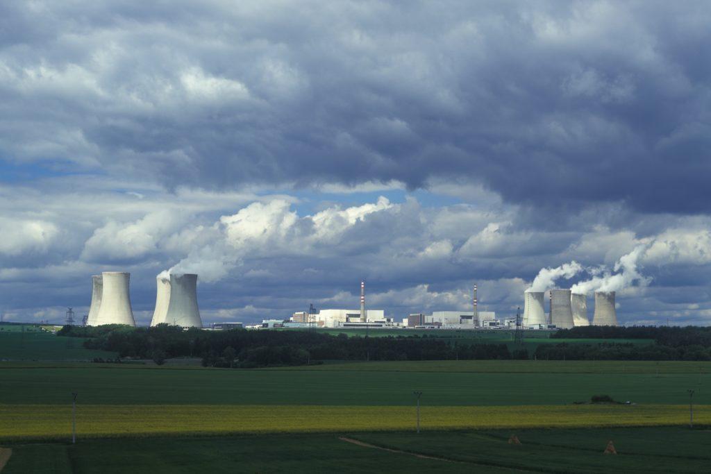 jaderná energie - Provozní zkušenosti s VVER-440 - Ve světě (obrázek 10) 10