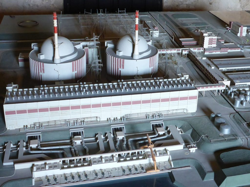 jaderná energie - Provozní zkušenosti s VVER-440 - Ve světě (obrázek 7) 6