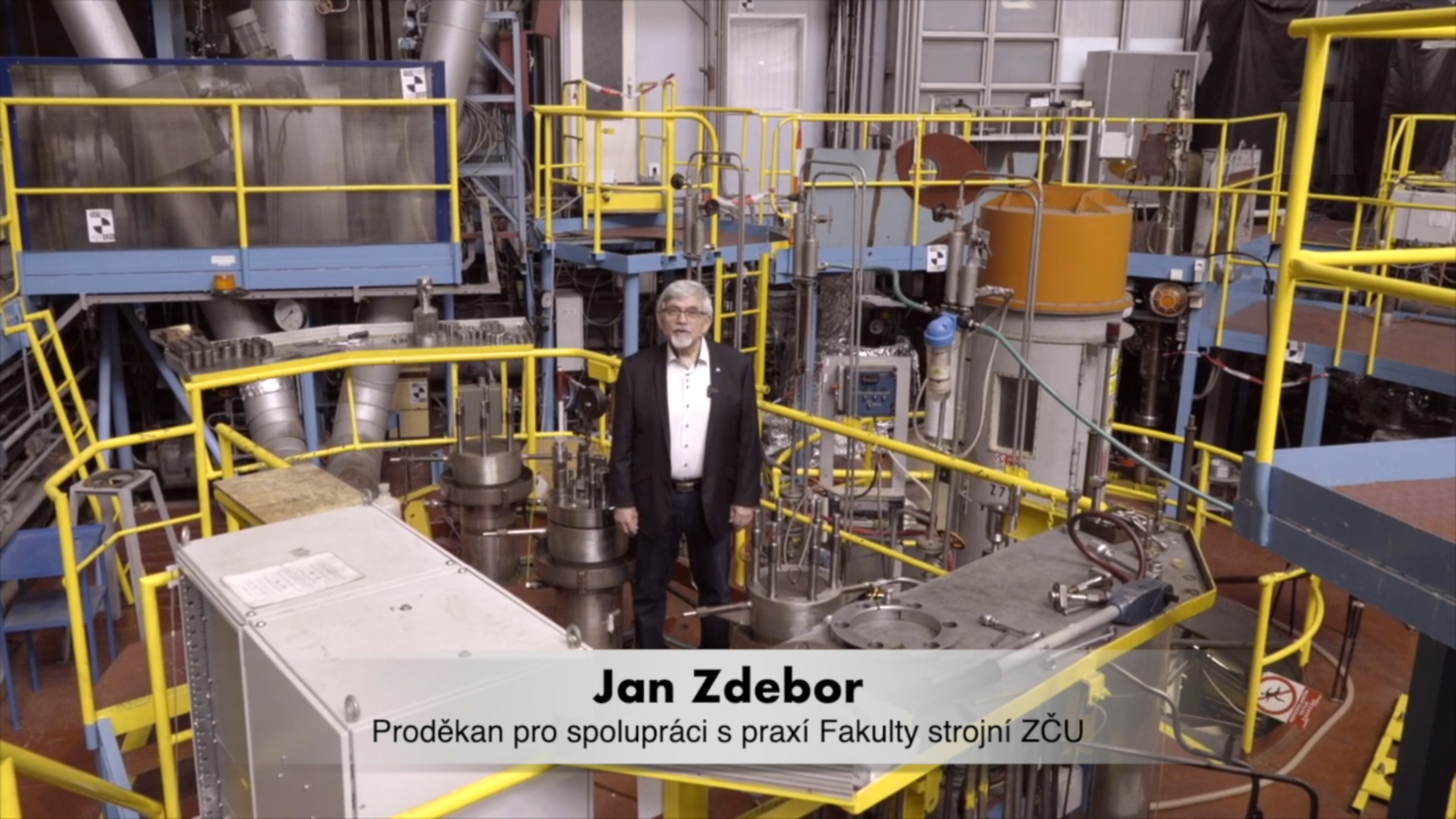 jaderná energie - 65 let: Jan Zdebor - Československý průmysl zvládl to, co málo firem na světě - V Česku (zdebor) 1