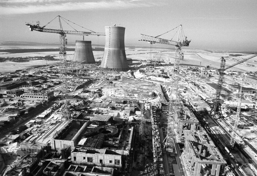 jaderná energie - 65 let: Vojtěch Kotyza – Lidé i firmy bez velkých projektů odborně neporostou - V Česku (01833 výstavba Jaderné elektrárny) 2