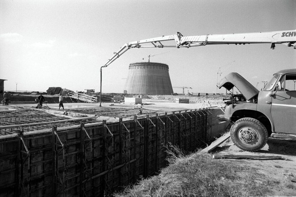 jaderná energie - 65 let: Vojtěch Kotyza – Lidé i firmy bez velkých projektů odborně neporostou - V Česku (1980 3) 3