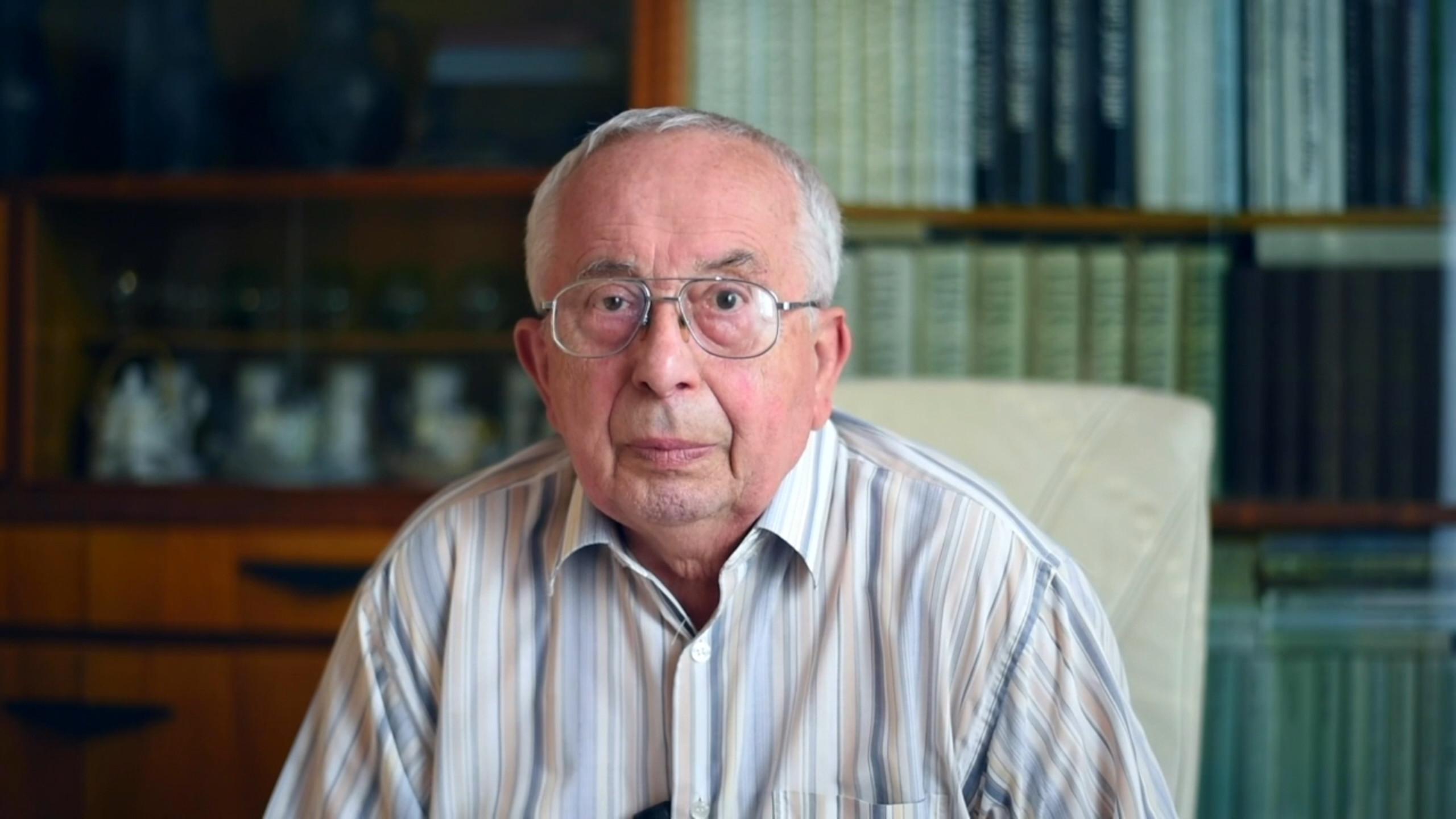 jaderná energie - 65 let: Miroslav Peca – Jadernému reaktoru se vyká - V Česku (peca) 3