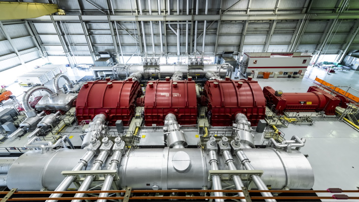 jaderná energie - Reaktorový blok CANDU stanovil nový provozní rekord Severní Ameriky - Zprávy (Darlington 1 turbine hall OPG) 1