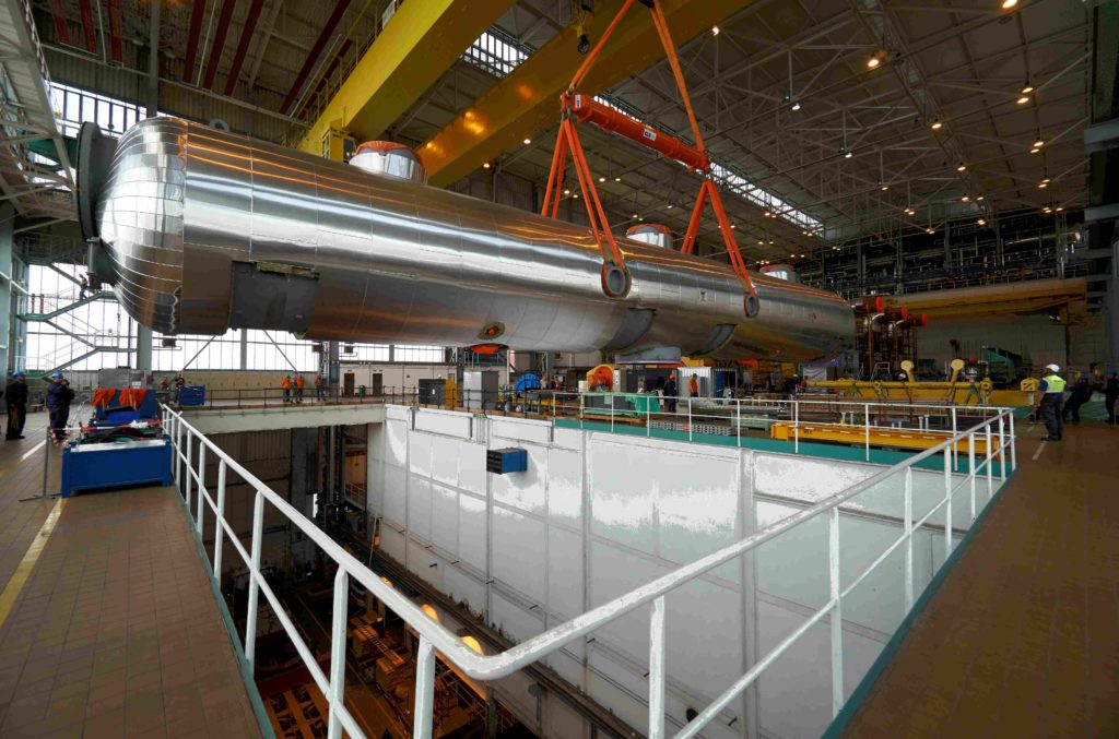 jaderná energie - Výměna separátorů v Temelíně  Klíčový přínos ŠKODA JS - Zprávy (Usazování nových separátorů na finální projektové pozice ve strojovně JE Temelín 1) 3