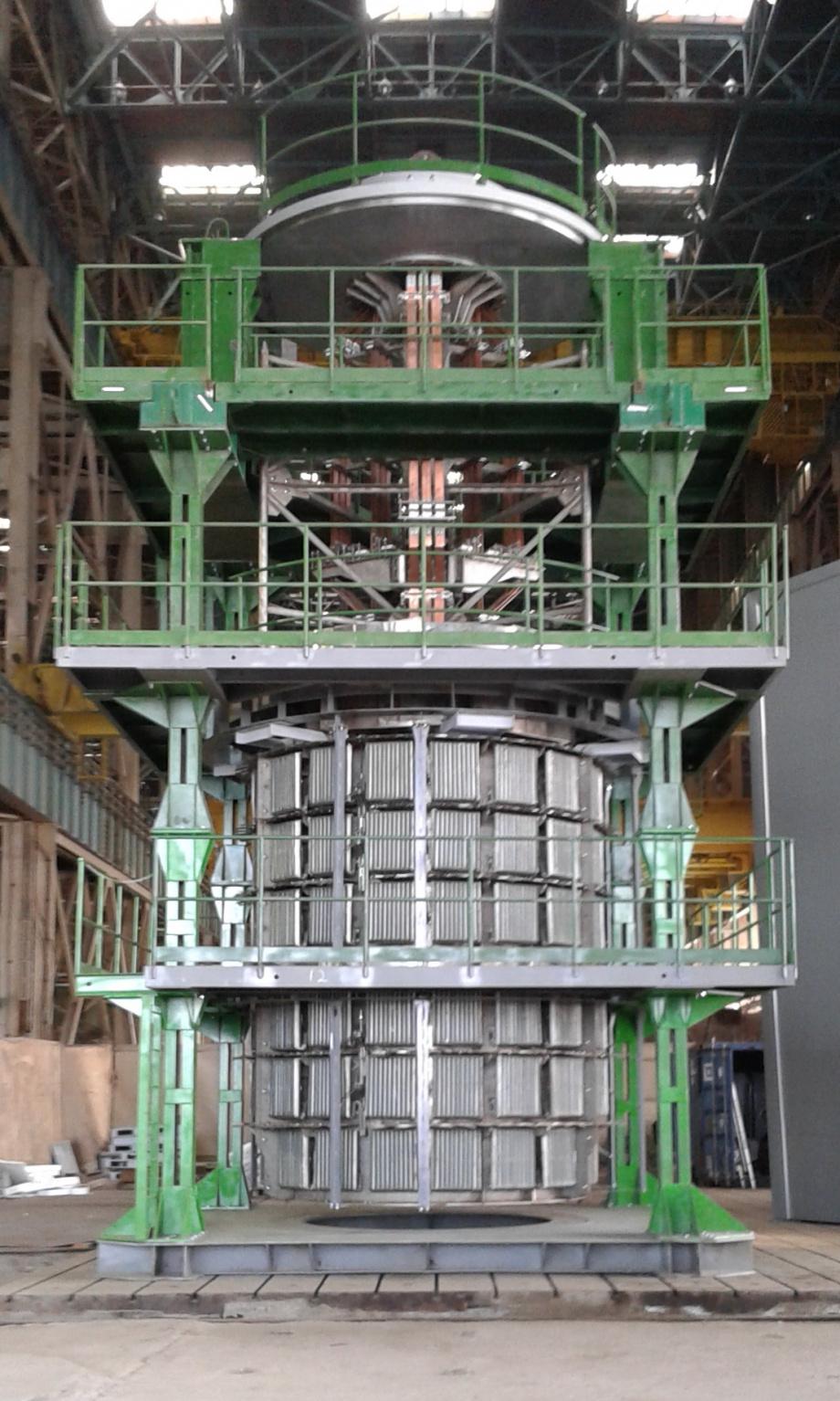 jaderná energie - Jediný arménský jaderný blok bude omlazen - Ve světě (Zařízení pro žíhání tlakové nádoby VVER 1000) 3