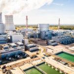 Nový blok Leningradské jaderné elektrárny s reaktorem VVER-1200 dodal do sítě první elektřinu