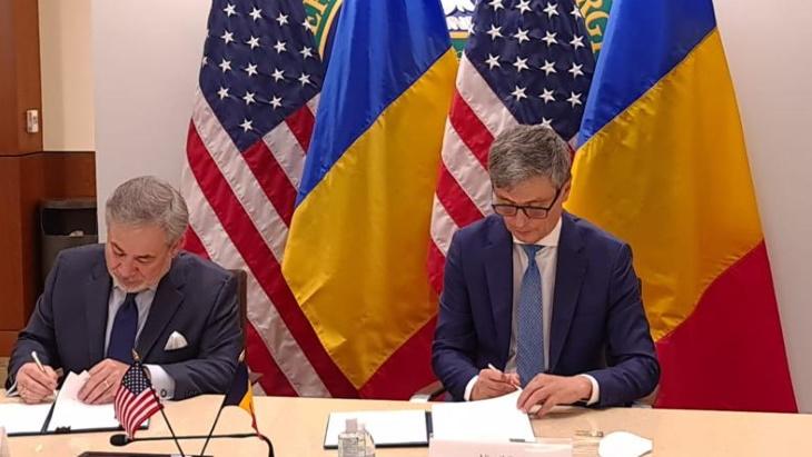 jaderná energie - Spojené státy a Rumunsko se dohodly na jaderné spolupráci - Nové bloky ve světě (USA Romania Dan Brouillette and Virgil Popescu October 2020) 1
