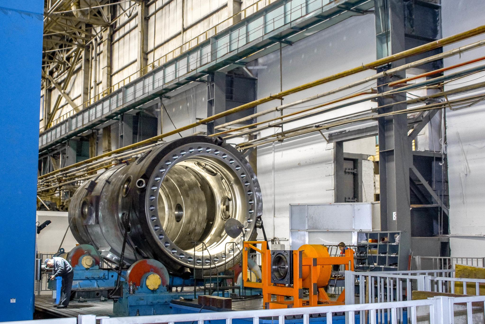 jaderná energie - Rosatom vybral lokalitu pro první malý reaktor - Inovativní reaktory (Reaktor RITM 200 na výrobní hale podniku ZiO Podolsk součást Rosatomu 1) 3