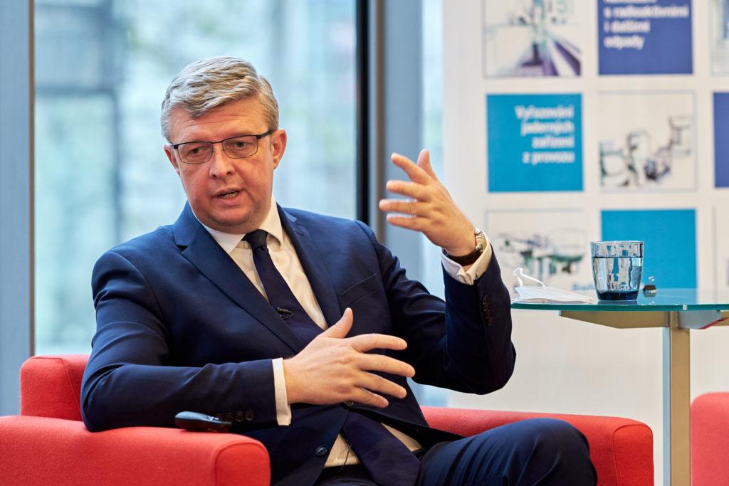 jaderná energie - Přechod k bezemisní energetice se Česku vyplatí. Potřebuje ale dobrou strategii a nové investiční nástroje - Nové bloky v ČR (Karel Havlíček) 2