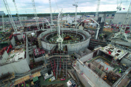 jaderná energie - Bilfinger vylepšuje lapač taveniny pro Hinkley Point C - Nové bloky ve světě (NEI p29 1120) 1