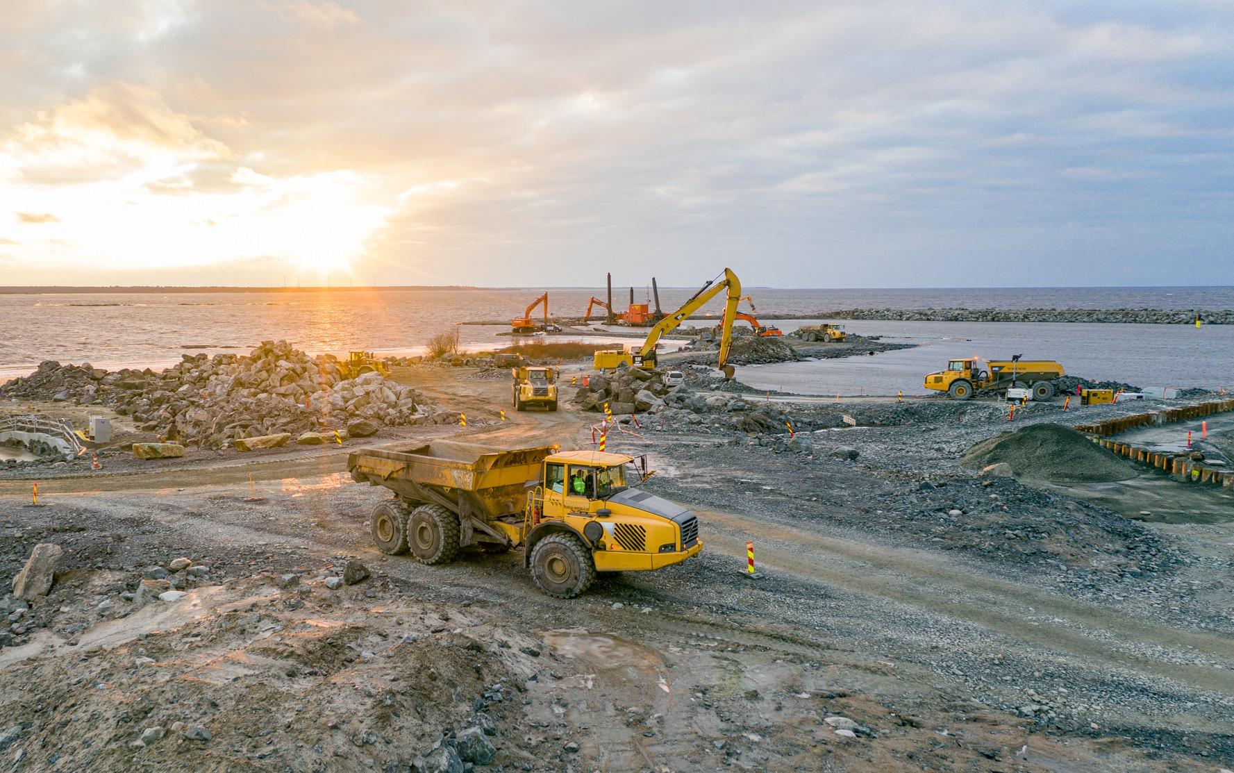 jaderná energie - Projektová dokumentace JE Hanhikivi byla předána zákazníkovi - Nové bloky ve světě (Stavební práce v lokalitě Hanhikivi v prosinci 2020 Zdroj Fennovoima) 2