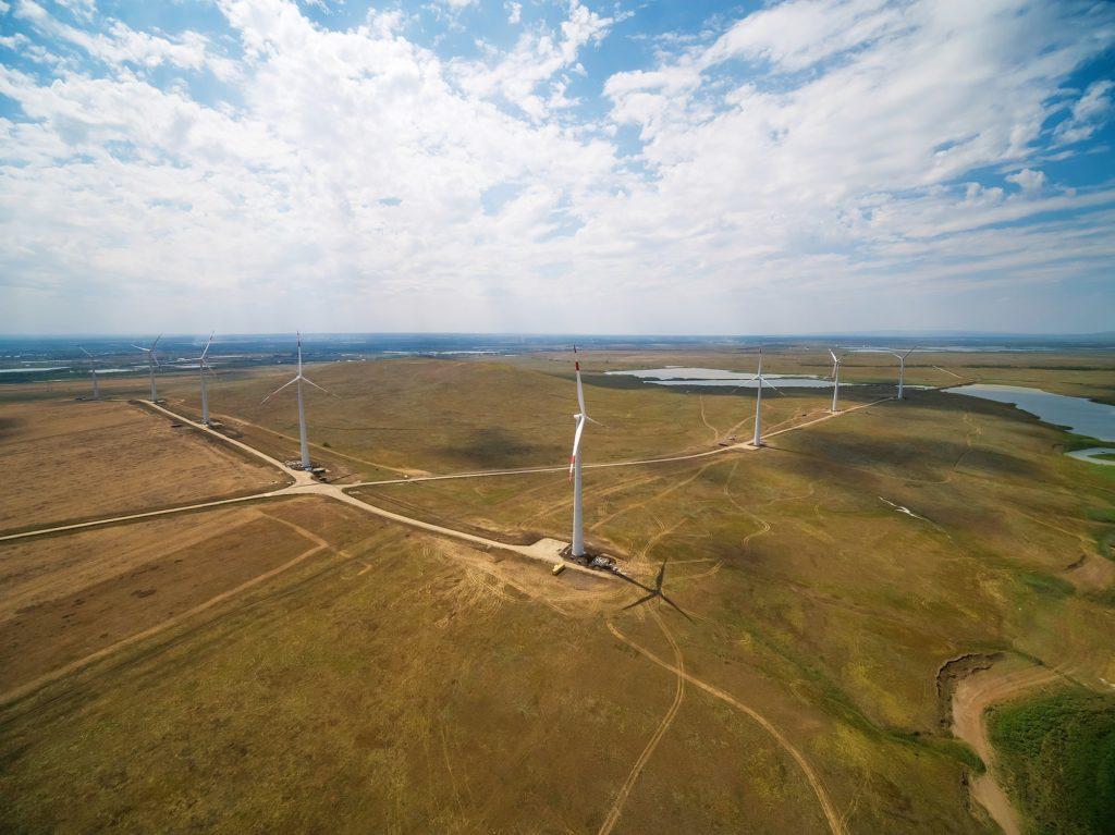jaderná energie - Rosatom uvedl do provozu největší větrnou elektrárnu v Rusku - Životní prostředí (Kocubejevska vetra elektrarna) 1