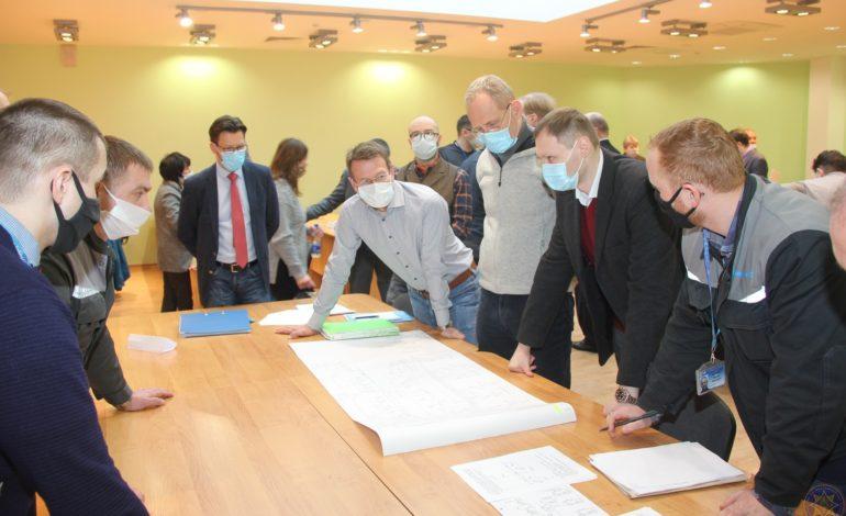 jaderná energie - Mise ENSREG obdržela všechny požadované dokumenty ohledně Běloruské JE - Nové bloky ve světě (Mise ENSREG v Beloruske jaderne elektrarne Zdroj Gosatomnadzor) 5