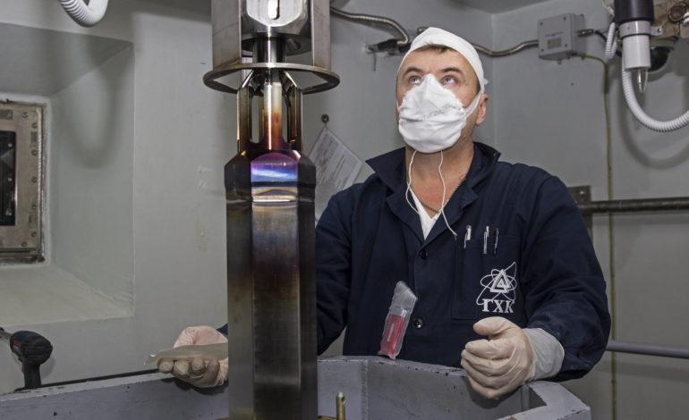 jaderná energie - Do reaktoru BN-800 bylo poprvé zaváženo jen palivo MOX - Palivový cyklus (Vyroba paliva MOX pro BN 800 v podniku GCHK) 2
