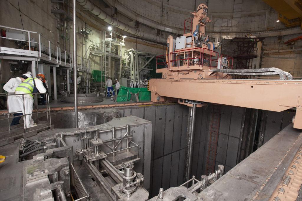 Zavážecí stroj, který manipuluje s jaderným palivem. (Zdroj: ASE, Arkadij Suchonin)