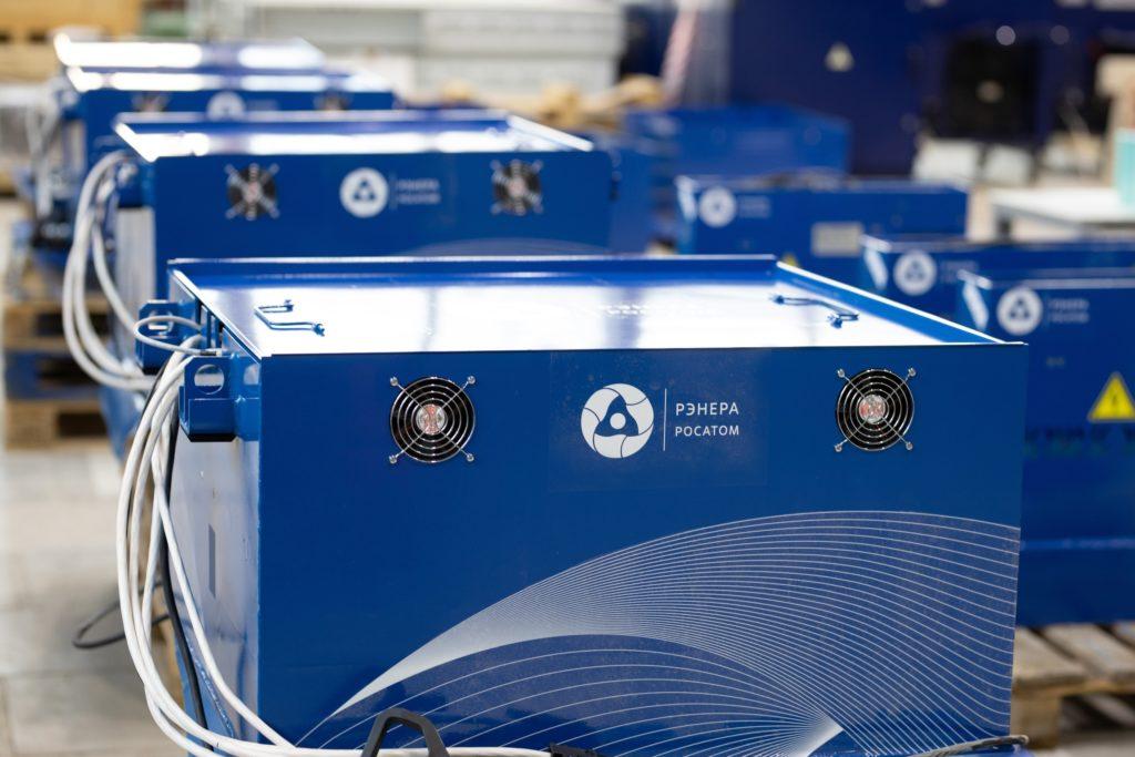 Bateriové systémy s lithiovými akumulátory společnosti Renera ze struktury Rosatomu. (Zdroj: Rosatom)