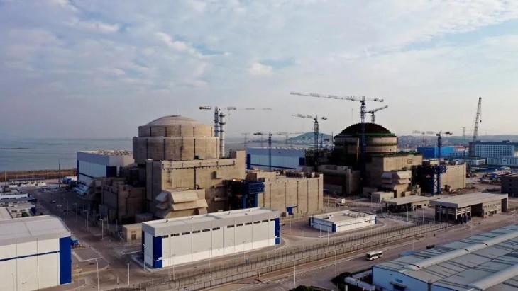 Čína například dokončuje výstavbu 6. bloku jaderné elektrárny Fu-čching (angl. Fuqing). (Zdroj: CNNC)