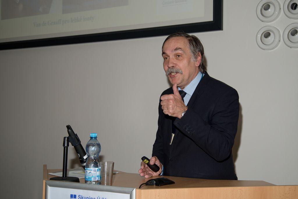 Vladimír Wagner během vzpomínkové konference na Čestmíra Šimáněho pořádané v Řeži v roce 2019. (Zdroj: Atominfo)