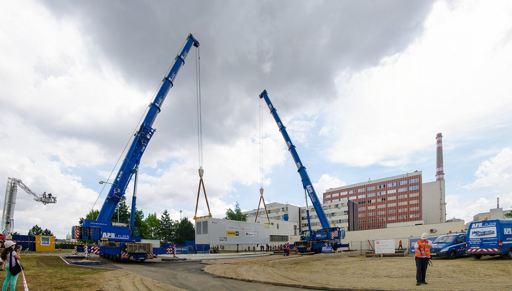 Záložní dieselgenerátor, který byl pro Dukovany pořízen v roce 2014 na základě opatření ze zátěžových testů EU. (Zdroj: ČEZ)