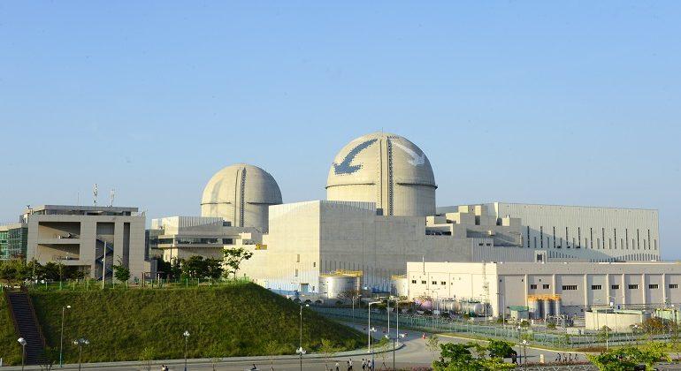 jaderná energie - Polsko a KHNP diskutují financování nových polských reaktorů - Nové bloky ve světě (shin kori unit3a4 1) 1