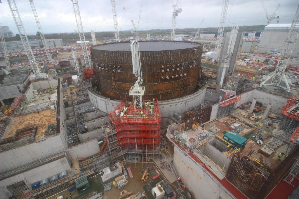 Práce v jaderné elektrárně Hinkley Point C v Anglii. (Zdroj: EDF Energy) taxonomie