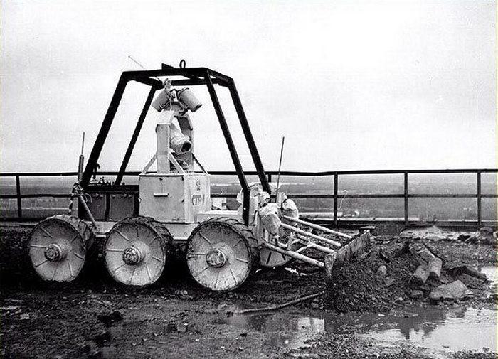 Robot STR-1 vznikl úpravou projektu měsíčního vozítka. (Zdroj: 360carmuseum.com)