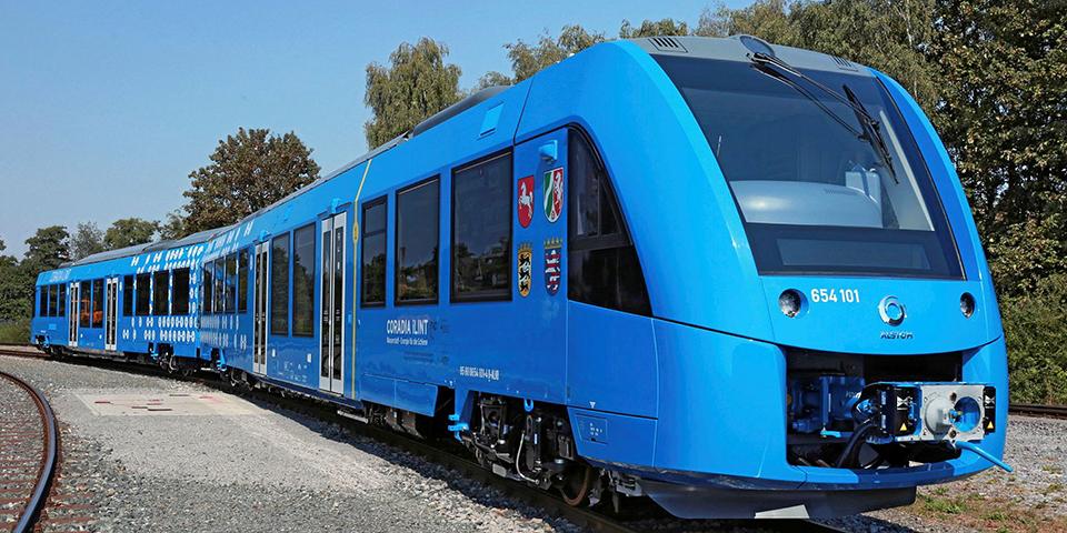 Jedním z vodíkových projektů Rosatomu je infrastruktura pro vodíkové vlaky na Sachalinu. (Zdroj: Alstom)