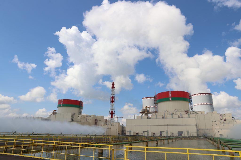 Dva bloky VVER-1200 v Běloruské jaderné elektrárně. (Zdroj: Rosatom)