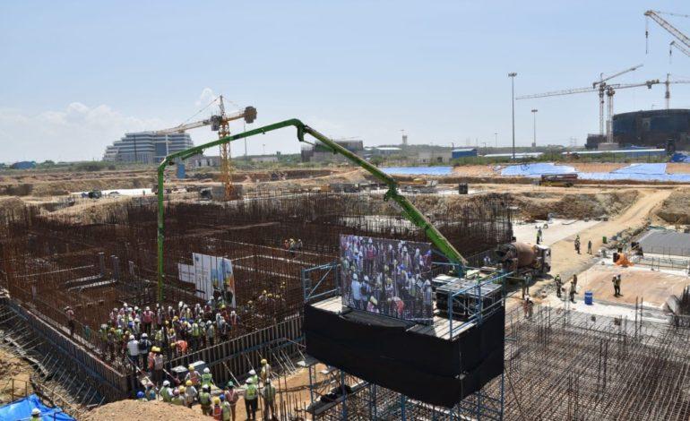 jaderná energie - Začala výstavba 5. bloku JE Kudankulam v Indii - Nové bloky ve světě (Slavnostni liti prvniho betonu do 5. bloku JE Kudankulam) 1