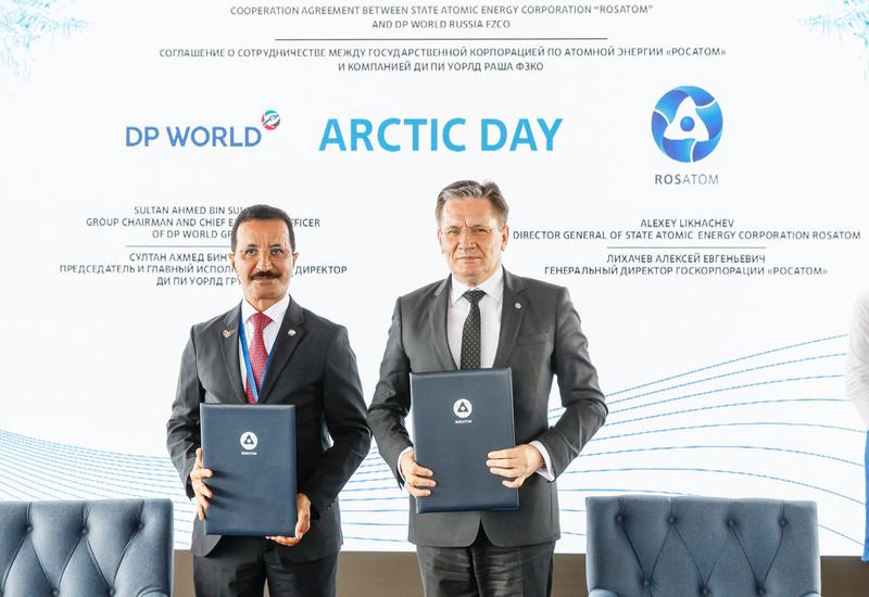 Zleva: Sultan Ahmed Bin Sulayem (DP World) a Alexej Lichačov (Rosatom), zdroj: Rosatom