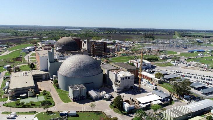 Jaderná elektrárna Atucha s dvěma bloky typu Candu o výkonech 360 a 745 MWe. (Zdroj:  Nucleoeléctrica Argentina SA)