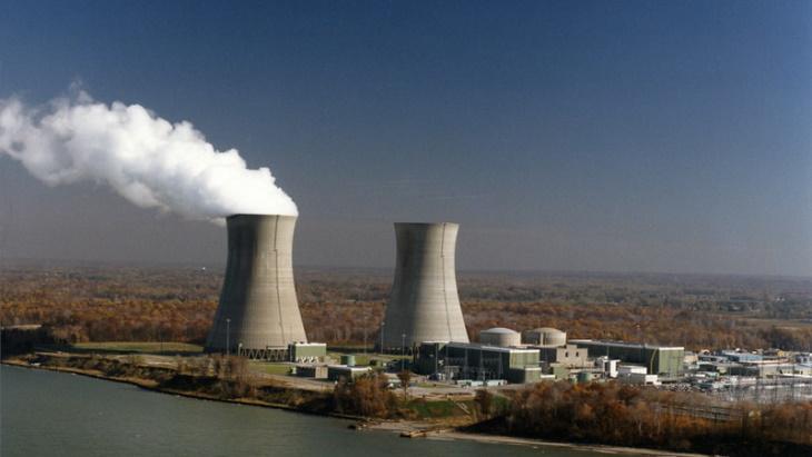 jaderná energie - Americkému prodejci roste odbyt bezuhlíkové elektřiny - Životní prostředí (Perry 2017 FirstEnergy) 2