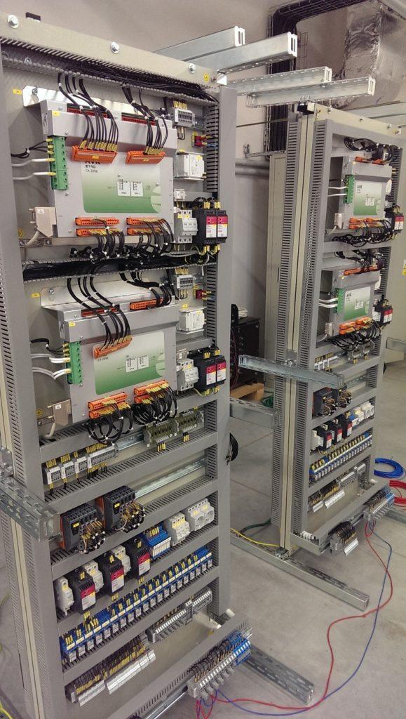 Řídicí systémy SandRA určené pro vodní energetiku. (Zdroj: ZAT)